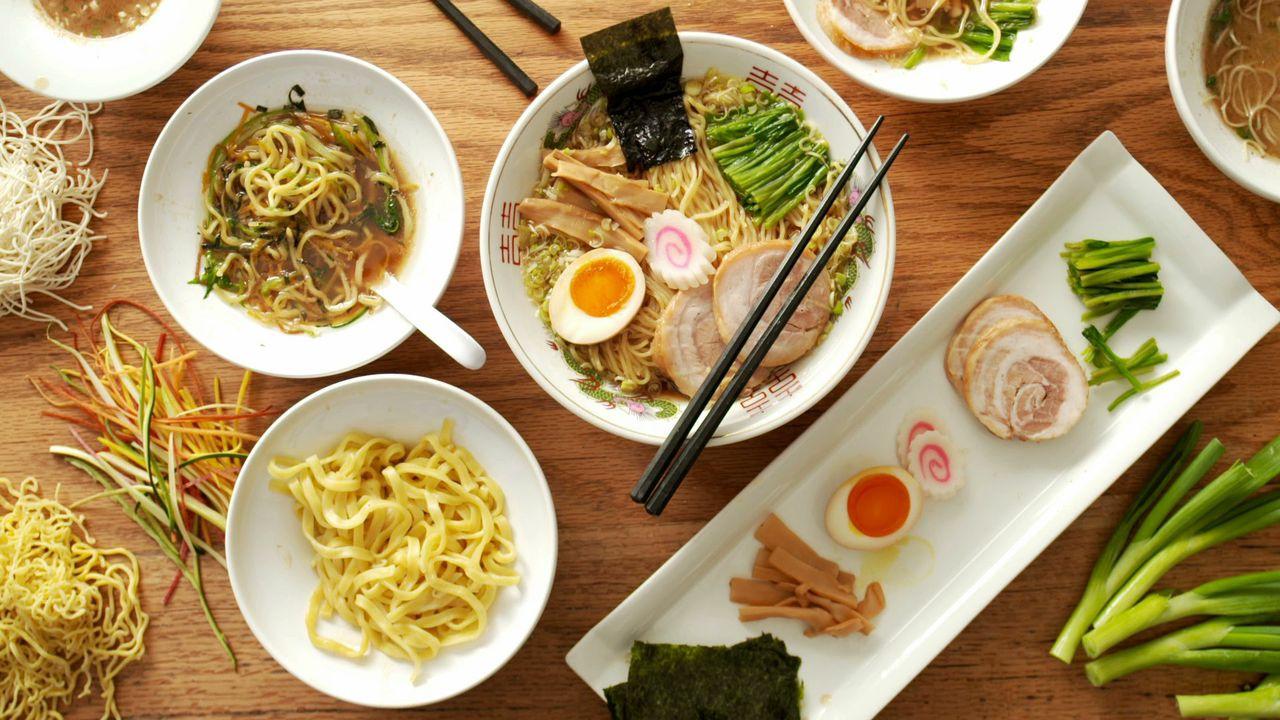 UN CORP SĂNĂTOS și FRUMOS: CURS de NUTRIȚIE și DIETOTERAPIE CHINEZĂ
